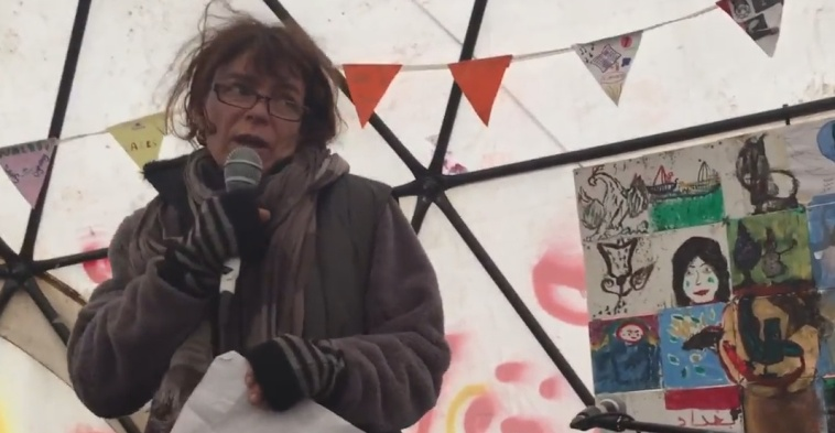 Liz Clegg:  a wonderful Lady in the Calais Jungle  Liz-reading-her-letter-to-Jamil-2-2
